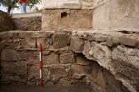 Chronicle of the Archaeological Excavations in Romania, 2009 Campaign. Report no. 98, Alba Iulia, Catedrala romano-catolică<br /><a href='http://foto.cimec.ro/cronica/2009/preventive/098/3detaliu-cu-fundatia-turnului-sudic-al-catedralei.JPG' target=_blank>Display the same picture in a new window</a>