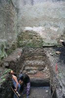 Chronicle of the Archaeological Excavations in Romania, 2009 Campaign. Report no. 119, Dealu Frumos<br /><a href='http://foto.cimec.ro/cronica/2009/preventive/119/2-s1-vedere-partiala-spre-biserica.jpg' target=_blank>Display the same picture in a new window</a>