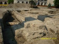 Chronicle of the Archaeological Excavations in Romania, 2009 Campaign. Report no. 121, Focşani, Grădina Publică<br /><a href='http://foto.cimec.ro/cronica/2009/preventive/121/FOCSANI-VN-Piata-Unirii10.JPG' target=_blank>Display the same picture in a new window</a>