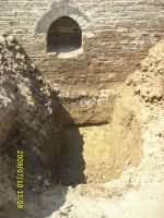 Chronicle of the Archaeological Excavations in Romania, 2009 Campaign. Report no. 121, Focşani, Grădina Publică<br /><a href='http://foto.cimec.ro/cronica/2009/preventive/121/FOCSANI-VN-Piata-Unirii27.JPG' target=_blank>Display the same picture in a new window</a>
