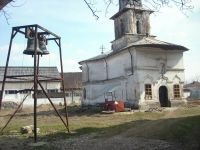 Chronicle of the Archaeological Excavations in Romania, 2009 Campaign. Report no. 122, Focşani, Gologani<br /><a href='http://foto.cimec.ro/cronica/2009/preventive/122/FOCSANI-VN-Biserica-Sf-Nicolae09.JPG' target=_blank>Display the same picture in a new window</a>