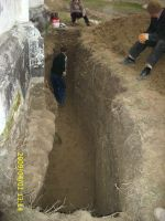 Chronicle of the Archaeological Excavations in Romania, 2009 Campaign. Report no. 122, Focşani, Gologani<br /><a href='http://foto.cimec.ro/cronica/2009/preventive/122/FOCSANI-VN-Biserica-Sf-Nicolae23.JPG' target=_blank>Display the same picture in a new window</a>