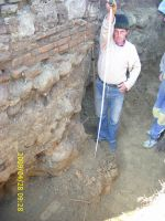 Chronicle of the Archaeological Excavations in Romania, 2009 Campaign. Report no. 122, Focşani, Gologani<br /><a href='http://foto.cimec.ro/cronica/2009/preventive/122/FOCSANI-VN-Biserica-Sf-Nicolae25.JPG' target=_blank>Display the same picture in a new window</a>