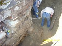 Chronicle of the Archaeological Excavations in Romania, 2009 Campaign. Report no. 122, Focşani, Gologani<br /><a href='http://foto.cimec.ro/cronica/2009/preventive/122/FOCSANI-VN-Biserica-Sf-Nicolae28.JPG' target=_blank>Display the same picture in a new window</a>