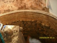 Chronicle of the Archaeological Excavations in Romania, 2009 Campaign. Report no. 122, Focşani, Gologani<br /><a href='http://foto.cimec.ro/cronica/2009/preventive/122/FOCSANI-VN-Biserica-Sf-Nicolae58.JPG' target=_blank>Display the same picture in a new window</a>