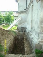 Chronicle of the Archaeological Excavations in Romania, 2009 Campaign. Report no. 122, Focşani, Gologani<br /><a href='http://foto.cimec.ro/cronica/2009/preventive/122/FOCSANI-VN-Biserica-Sf-Nicolae63.JPG' target=_blank>Display the same picture in a new window</a>