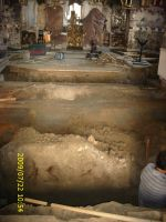 Chronicle of the Archaeological Excavations in Romania, 2009 Campaign. Report no. 122, Focşani, Gologani<br /><a href='http://foto.cimec.ro/cronica/2009/preventive/122/FOCSANI-VN-Biserica-Sf-Nicolae89.JPG' target=_blank>Display the same picture in a new window</a>