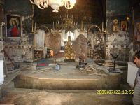 Chronicle of the Archaeological Excavations in Romania, 2009 Campaign. Report no. 122, Focşani, Gologani<br /><a href='http://foto.cimec.ro/cronica/2009/preventive/122/FOCSANI-VN-Biserica-Sf-Nicolae90.JPG' target=_blank>Display the same picture in a new window</a>
