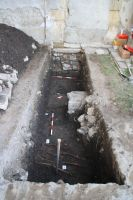 Chronicle of the Archaeological Excavations in Romania, 2010 Campaign. Report no. 138, Turda, Piaţa Centrală<br /><a href='http://foto.cimec.ro/cronica/2010/138/55268-11-turda-cj-biserica-reformata-2.jpg' target=_blank>Display the same picture in a new window</a>