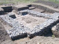 Chronicle of the Archaeological Excavations in Romania, 2011 Campaign. Report no. 63, Răcarii De Jos<br /><a href='http://foto.cimec.ro/cronica/2011/063/turn-dupa-conservare.jpg' target=_blank>Display the same picture in a new window</a>