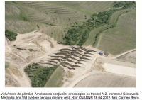 Chronicle of the Archaeological Excavations in Romania, 2012 Campaign. Report no. 121, Făclia, Autostrada Cernavodă - Constanţa, tronson Cernavodă - Medgidia, km .159<br /><a href='http://foto.cimec.ro/cronica/2012/121-FACLIA-CT-Valul-Mare-de-Pamant/A2-ValulMarePamant-FotoCCA2013.jpg' target=_blank>Display the same picture in a new window</a>