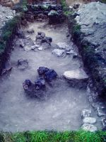 Chronicle of the Archaeological Excavations in Romania, 2014 Campaign. Report no. 2, Adamclisi, Cetate.<br /> Sector Sector B_Scurtu Ctin.<br /><a href='http://foto.cimec.ro/cronica/2014/002-Adamclisi-SectorB/fig-11-sg13-in-timpul-cercetarii.JPG' target=_blank>Display the same picture in a new window</a>