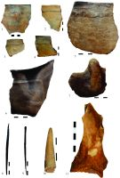 Chronicle of the Archaeological Excavations in Romania, 2014 Campaign. Report no. 128, Negrileşti, Şcoala Generală (La Punte, Pin, Curtea Şcolii).<br /> Sector plansa IMDA.<br /><a href='http://foto.cimec.ro/cronica/2014/128-Negrilesti/plansa-25-bronz.jpg' target=_blank>Display the same picture in a new window</a>
