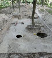 Cronica Cercetărilor Arheologice din România, Campania 2017. Raportul nr. 212, Cosota, Cosota<br /><a href='http://foto.cimec.ro/cronica/2017/rest-sapaturi-nepublicate/212-Ocnita-Buridava-Valcea/fig-3.jpg' target=_blank>Priveşte aceeaşi imagine într-o fereastră nouă</a>