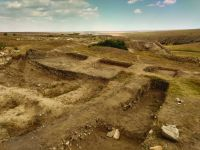 Chronicle of the Archaeological Excavations in Romania, 2019 Campaign. Report no. 55, Pantelimon, Cetate<br /><a href='http://foto.cimec.ro/cronica/2019/01-sistematice/055-pantelimonul-de-sus-ct-ulmetum-s/4-sector-sv-sectiunea-s-viii.jpg' target=_blank>Display the same picture in a new window</a>