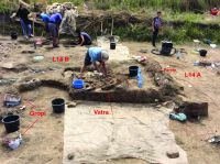 Chronicle of the Archaeological Excavations in Romania, 2019 Campaign. Report no. 69, Scânteia, La Nuci (Dealul Bodeştilor)<br /><a href='http://foto.cimec.ro/cronica/2019/01-sistematice/069-scanteia-is-lanucidealbodesti-s/fig1-vatra-l14-perete-central.jpg' target=_blank>Display the same picture in a new window</a>