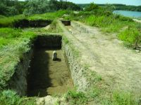 Chronicle of the Archaeological Excavations in Romania, 2019 Campaign. Report no. 81, Capidava, Sector X -Terme şi Necropole.<br /> Sector ilustratie-sector-x-necropola-cca-2020.<br /><a href='http://foto.cimec.ro/cronica/2019/01-sistematice/081-topalu-ct-capidava-s/ilustratie-sector-x-necropola-cca-2020/fig-15-sectiunile-in-prim-plan-viii-plan-secund-dreapta-in-2019.JPG' target=_blank>Display the same picture in a new window</a>. Title: ilustratie-sector-x-necropola-cca-2020